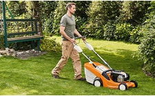 Mähroboter, Rasenmäher, Aufsitzmäher und Rasenlüfter